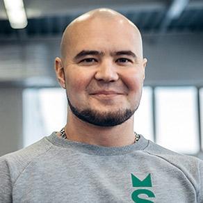 фитнес тренер в Salute